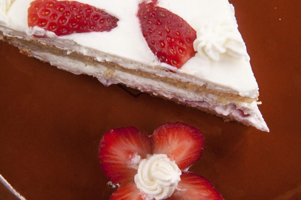 postres caseros, tarta de fresas